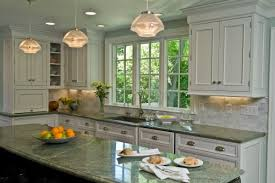 Kitchen Cabinets Granite Countertops by Kitchens With White Cabinets And Granite Countertops White