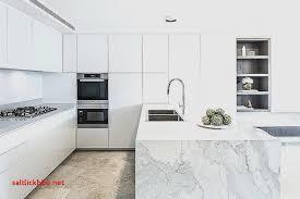 hauteur plinthe cuisine plinthe meuble bas cuisine pour idees de deco de cuisine