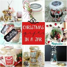 Diy Mason Jar Christmas Decorations by 24 Must Make Christmas Gifts In A Jar Tip Junkie