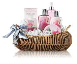 best gifts for women bath works signature collection ultimate gift of