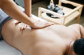 Massage Without Draping How To Find The Right Massage Therapist For You Massagetique
