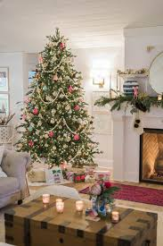 modern vintage holiday living room tour the leslie style