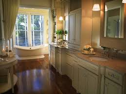 Master Bathroom Layout by Narrow Bathroom Layout Ideas
