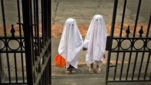 child dressed as ghost accused of islamification of halloween