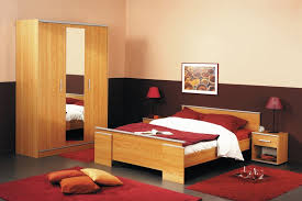 Bedroom Furniture For College Students by College Apartment Furniture Cheap Couches For Under Small Couch