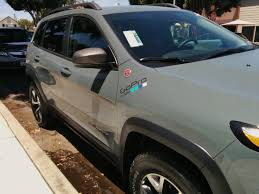 jeep hood stickers van u0027s trailhawk chronicle 2014 jeep cherokee forums