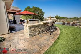 Paved Backyard Ideas 2018 Bbq Pit Pavers Installation Cost Save Up To 25