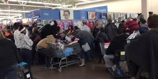walmart after thanksgiving sale 2014 black friday brawls captured on camera as shoppers tussle over