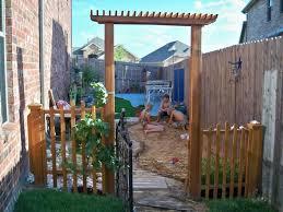 Backyard Ideas For Children Best 25 Kid Friendly Backyard Ideas On Pinterest Kids Yard With