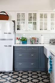 Cottage Kitchen Backsplash Ideas Best 25 Beach Cottage Kitchens Ideas On Pinterest Beach Cottage