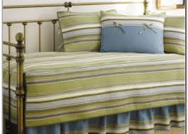 Bed Sets At Target Bedding Set Daybed Bedding Sets Stunning In Small Home