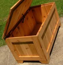 Diy Large Wooden Toy Box by Best 25 Chest Coffee Tables Ideas On Pinterest Used Coffee