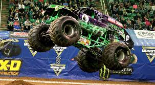 monster truck show in chicago february 2016 capitol momma