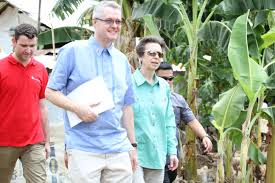 Princess Anne Princess Anne Of Uk Visits Communities In Leyte Inquirer Net