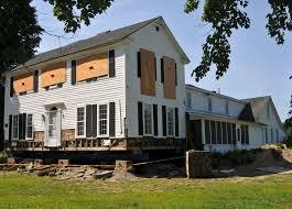 new england cottage house plans hampden selectmen halt plan to move new england farmhouse from
