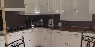 home staging cuisine home staging dans une cuisine repeindre plutôt que racheter