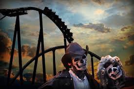 Six Flags Fright Fest California Fright Fest At Six Flags Magic Mountain Returns With New Scares