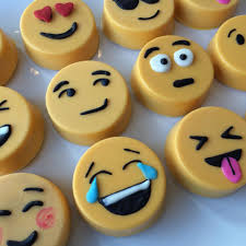 chocolate emoji emoji chocolate covered oreos lil u0027 cutie pops pinterest