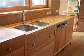table cuisine bois brut table de cuisine en bois table de cuisine en rable massif