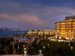 luxury 5 star resort in palm jumeirah dubai kempinski hotel