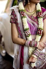 flower garland for indian wedding this simple jaimala still works wonders indianwedding