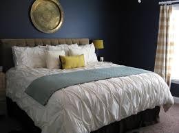 Vibrant Navy Blue Bedroom Design Ideas Rilane - Dark blue bedroom design