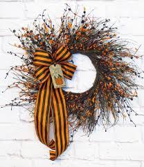 best 25 wreaths ideas on door