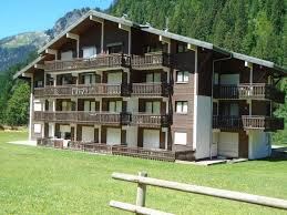2 bedroom apartment with garage 1106803