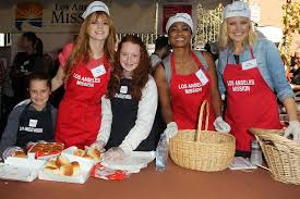 malin akerman picture 154 the los angeles mission s thanksgiving