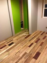 pallet flooring easy to build at no cost 99 pallets