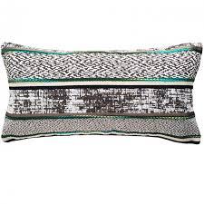 coussin de luxe pour canapé coussin original design l accessoire deco ideal