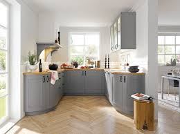 Kitchen Design Questions Big Questions For Small Country Kitchens Small Country Kitchens