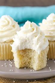 moist vanilla cupcakes moist vanilla cupcakes cakes today and