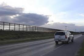 Texas Flag Half Staff Trump Orders U0027immediate U0027 Construction Of Border Wall San Antonio