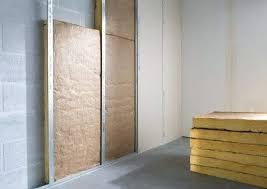 insonoriser sa chambre insonoriser un mur de chambre isolation sol comment insonoriser un