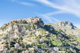 sicilian sizzle a romantic weekend getaway in taormina