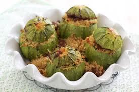 cuisiner des courgettes rondes on dine chez nanou courgettes rondes farcies à l agneau et au
