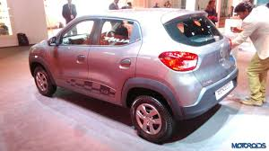 renault kwid silver colour auto expo 2016 renault kwid 1 0 sce and easy r with amt unveiled