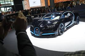 car bugatti 2017 bugatti chiron 249 mph run was filmed by this camera car