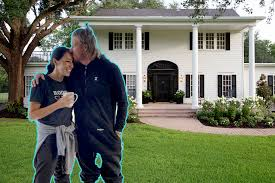 chip and joanna gaines new house hillcrest estate chip and joanna gains u0027 new waco rental home jetset