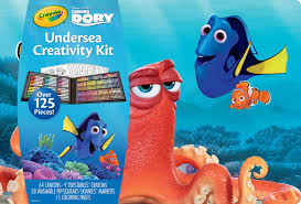 amazoncom crayola finding dory creativity kit toys games inside