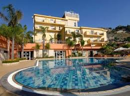 hotel giardini hotel giardino dei greci giardini naxos messina prenota subito