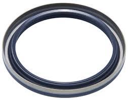 amazon com 02d525596b 02d525596b oil seal axle case