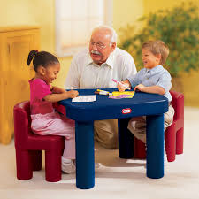 little table and chairs little tikes large table chairs at little tikes