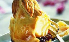 spécialité normande cuisine craquez pour notre spécialité normande le douillon de poire