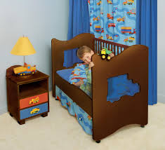 picture of unique wooden toddler bed design for boys and blue