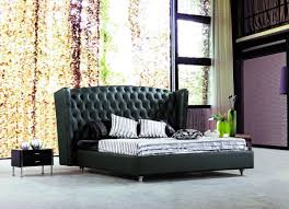 Black Wooden Bedroom Furniture by Wall Colors To Suit A Bedroom With Black Modern Furniture Set La