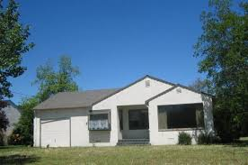 round table orland ca 73 e chapman st orland ca 95963 mls ch201111135 redfin