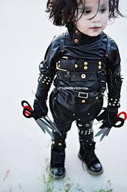 edward scissorhands costume diy edward scissorhands inspired costume michaelsmakers ad