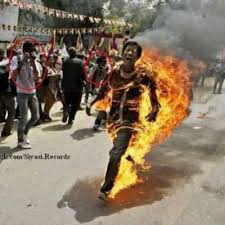 المسلمون يحرقون فى بورما احياء Images?q=tbn:ANd9GcTd4cE7eMTXFK8xk91ZfvbtD6V8qXf4wNtAL1Zc7KQmk2Cs2XNd